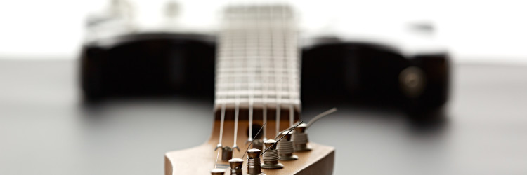 How To Tell If A Guitar Neck Is Warped